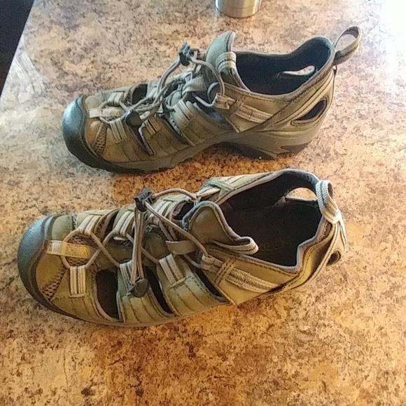 dab70424a198 Keen Sandals Men s US 10. M 5b66ff90194dadda050076af